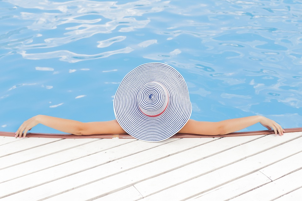 A Quick Overview Of The Top Color Profiles That Vinyl Pool Liners Come In