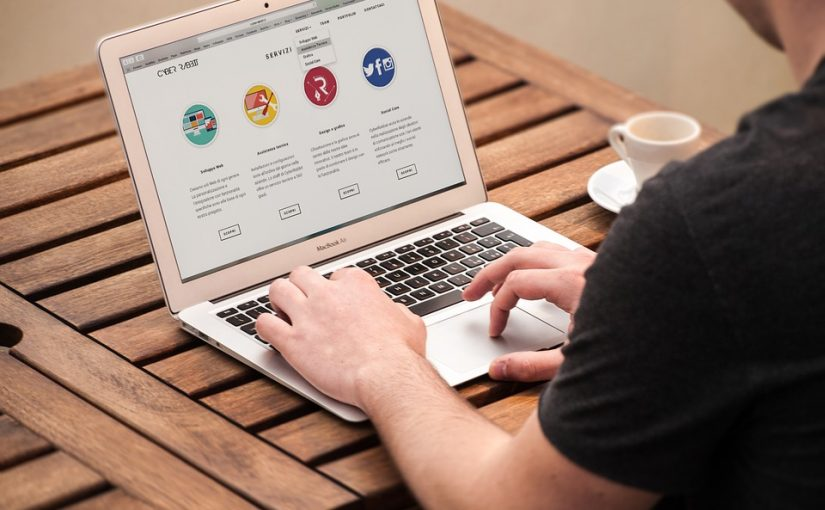 How To Find Reliable Logo Creators Online