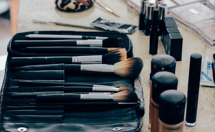 Mengapa Anda Mungkin Ingin Berlangganan Kosmetik