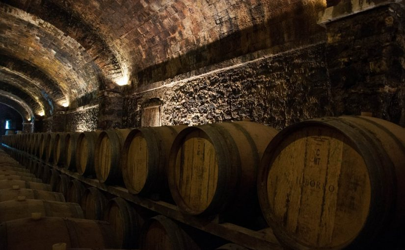 Guide To Building Custom Wine Cellars
