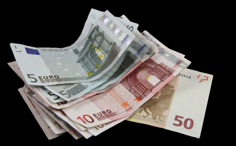 What Are Fast Cash Loans?