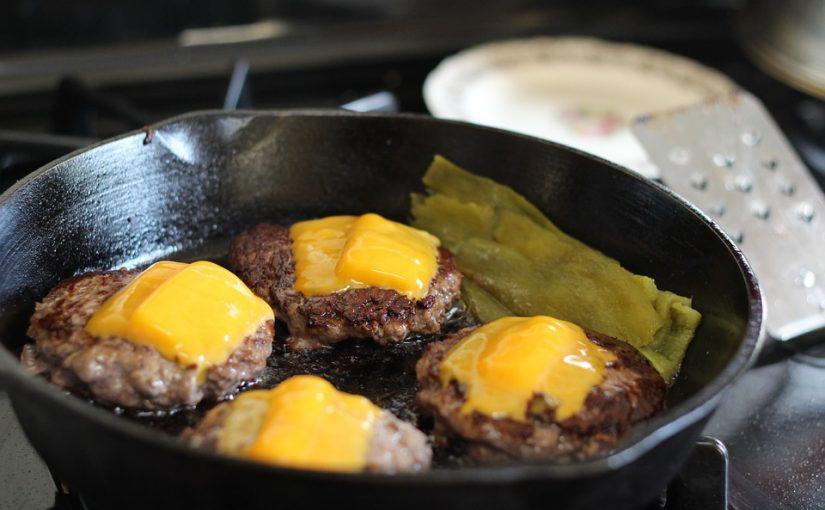 Enjoy Cheeseburger Tater Tot Casserole