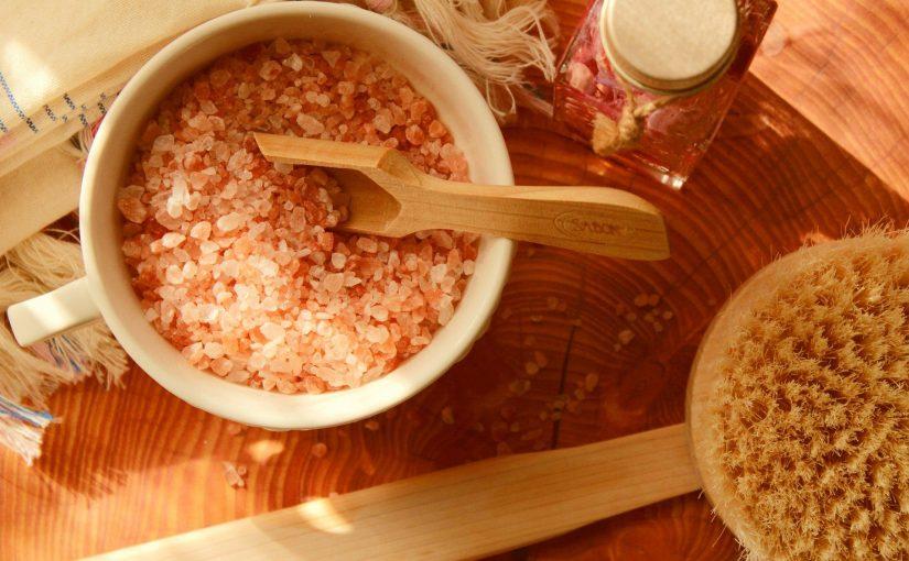 6 Reasons To Use Natural Bath Salts