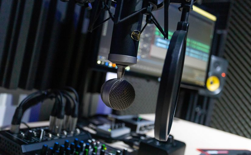 Things To Know When You Hire Podcast Studio